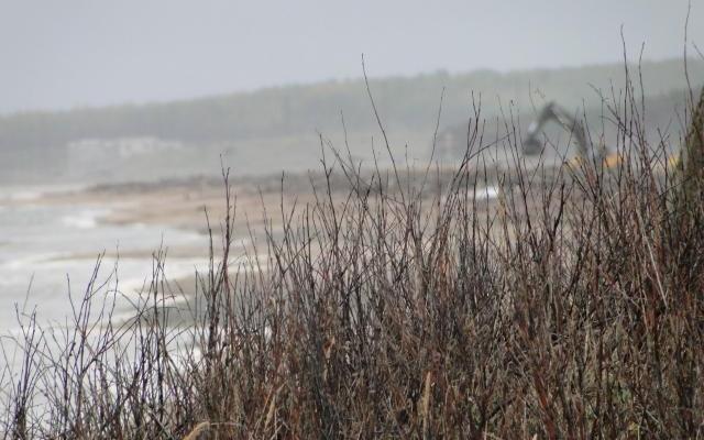 Ненокские радиоактивные понтоны закопают на берегу?
