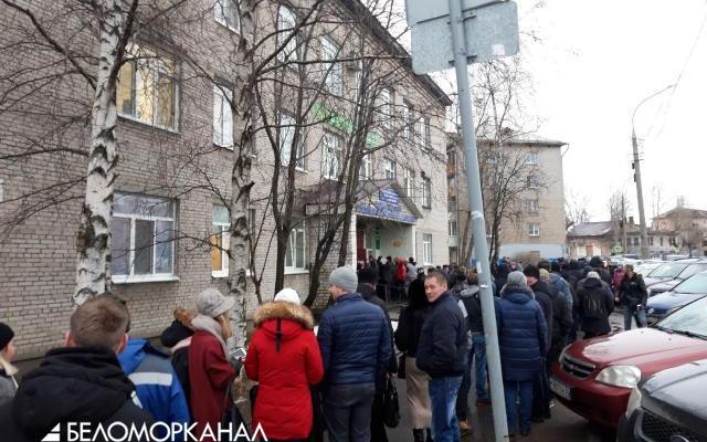 В России повышается ценник на медсправки для водителей. В Архангельске – жуткие очереди