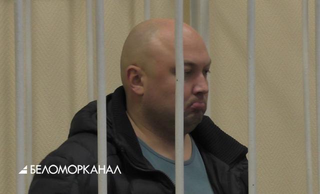 Лихачу-водителю, убившему женщину на Троицком проспекте, продлили арест только на 72 часа