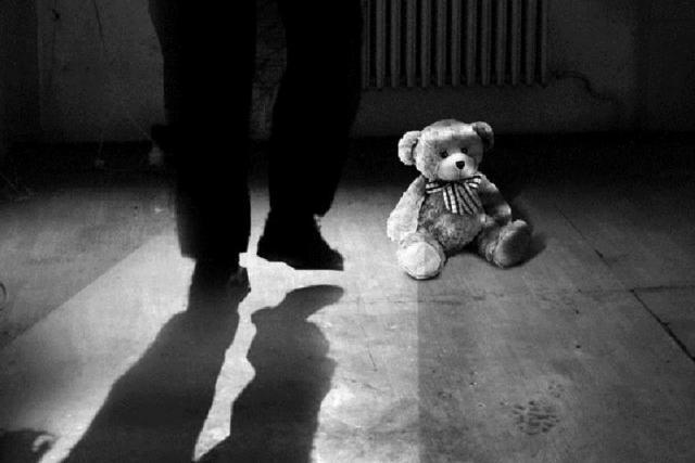 ВАрхангельской области педофил совратил родственницу