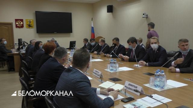 В Архангельске проходят смотрины претендентов на пост градоначальника