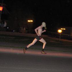 Фото бежит голая